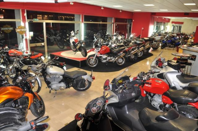 Cliccare per ingrandire for Officina moto italia